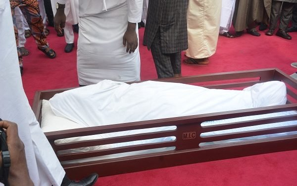 Jakande2 - Ex-Lagos Governor, Lateef Jakande Laid To Rest (Photos)