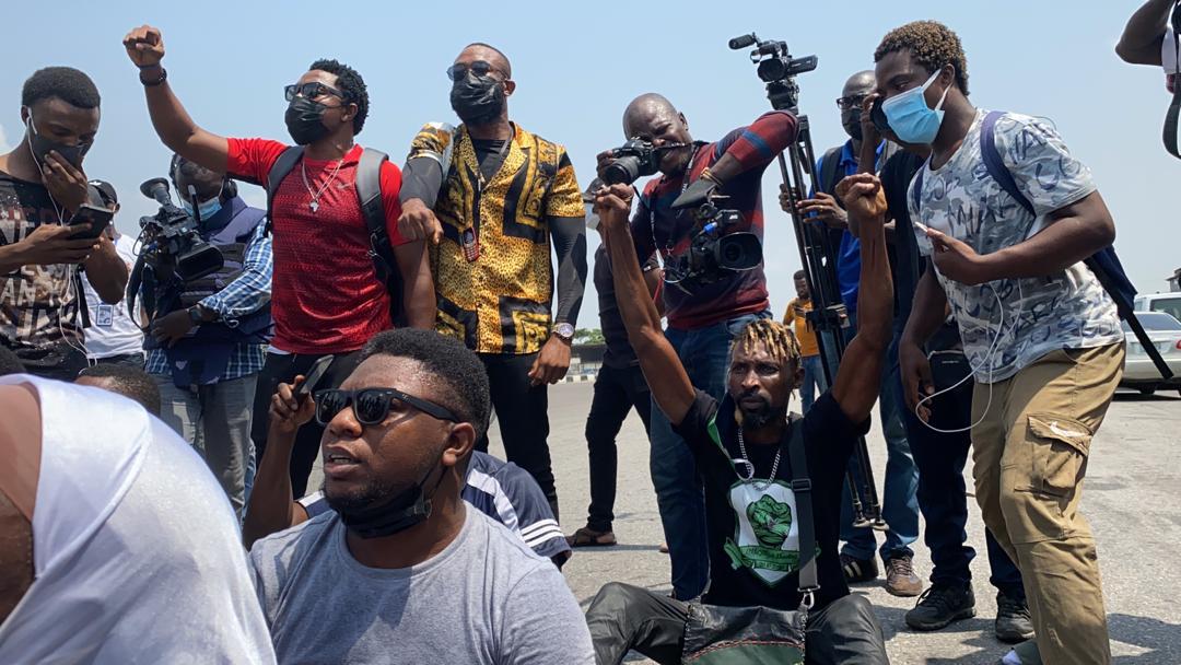 BREAKING: Youths Knock El-Rufai, Protest Killings, Kidnappings In Kaduna