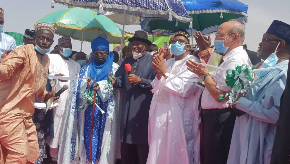 Why It Is Difficult To Become Somebody In Nigeria Without Knowing Anybody – Jonathan