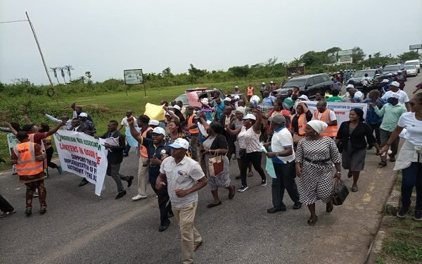 How Judicial Workers, Lawyers Blocked Osun Deputy Gov's Convoy