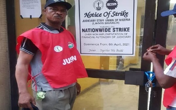 FG Meets Striking Judicial Workers Today