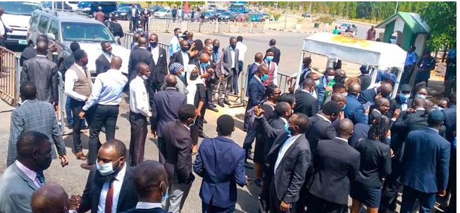 Financial Autonomy: Police Deny Protesting Lawyers Entry Into NASS [Photos]